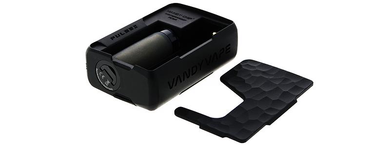 La escotilla de la batería de la caja BF Pulse 2 de Vandy Vape