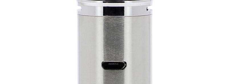 Le port micro-USB du kit Sky Solo Plus par Vaporesso
